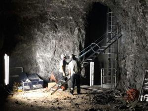 obra-em-mina-subterranea